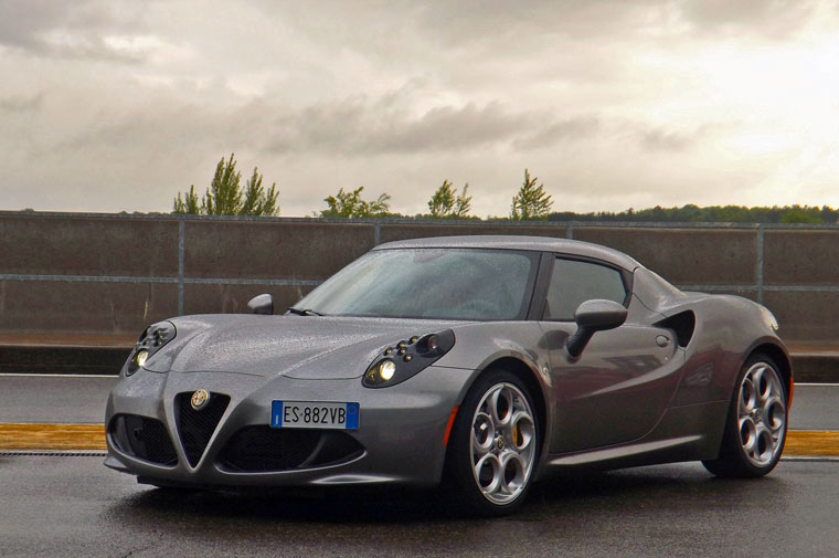 alfa romeo 4c 2013 essai. Black Bedroom Furniture Sets. Home Design Ideas