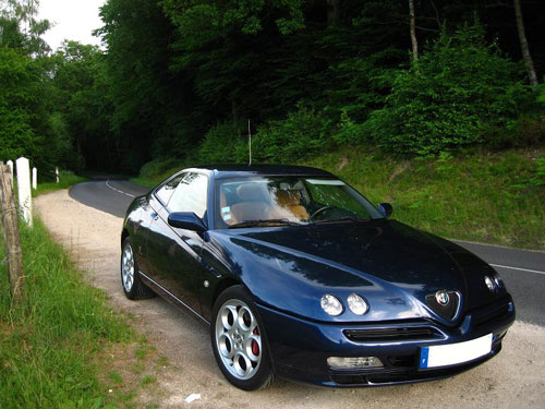 alfa romeo gtv 3 0 v6 1998 2003 guide occasion. Black Bedroom Furniture Sets. Home Design Ideas