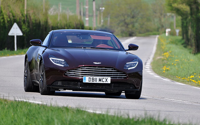 ASTON-MARTIN DB11 V8 Coupé
