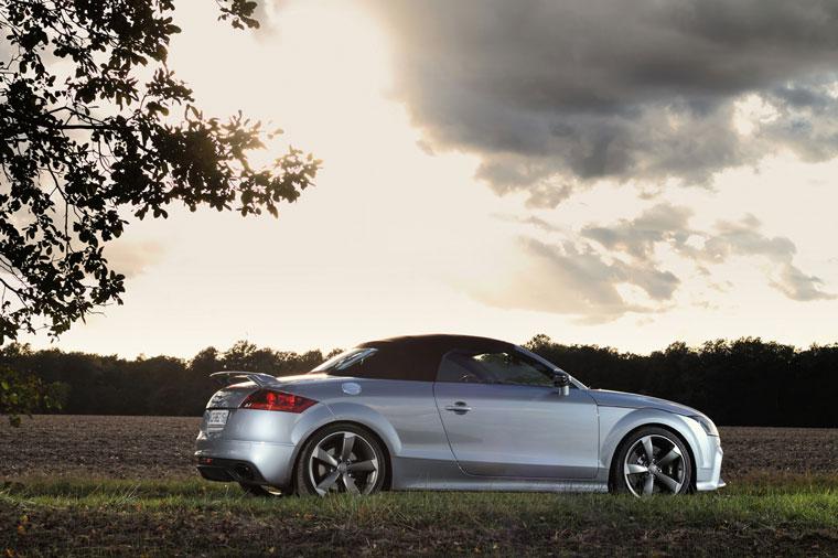 Guide d'achat de l'Audi TT Audi-ttrsplus-roadster