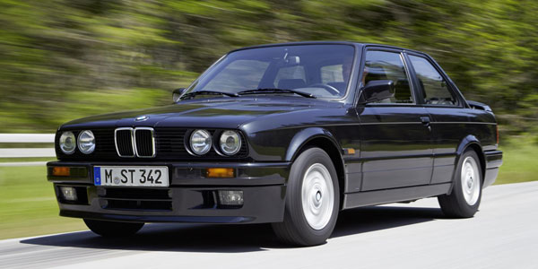 BMW S�RIE-3 (E30) 320is