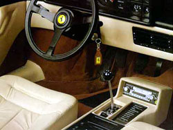 ferrari mondial 8 1980 1982 guide occasion. Black Bedroom Furniture Sets. Home Design Ideas