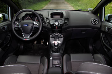 ford puma interieur