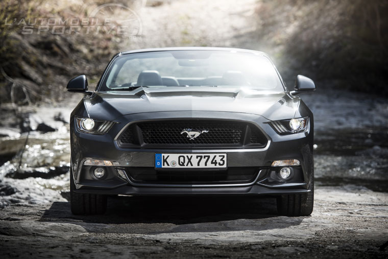 Actualité et Essai FORD Ford-Mustang-GT-v8-cabrio