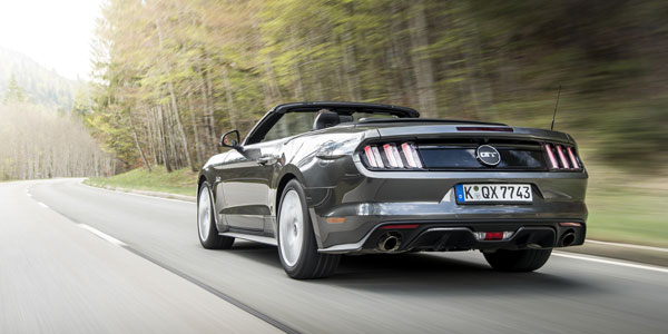 FORD MUSTANG (6) GT V8 Convertible