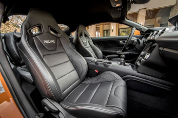 intérieur ford mustang 6 gt