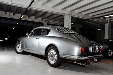 http://www.automobile-sportive.com/guide/lancia/aureliab20/aurelia-b20-ar.jpg