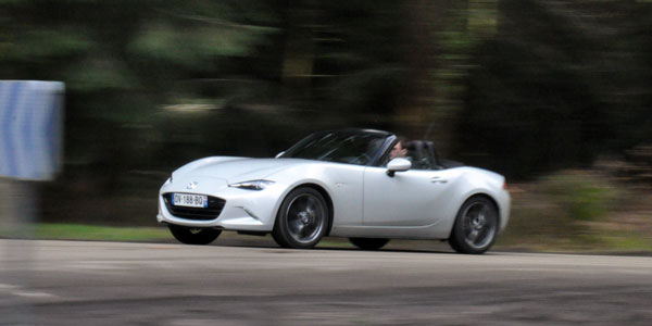 MAZDA MX-5 (ND) 2.0L Skyactiv-G