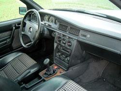 busco referencias sobre el mercedes 190e 2 3 16v y el 2 5. Black Bedroom Furniture Sets. Home Design Ideas