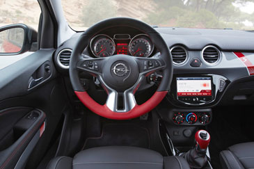 Opel adam s 2015 essai for Opel adam s interieur