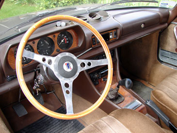 Peugeot 504 coupe cabriolet 1969 1983 retro for Interieur 504 coupe