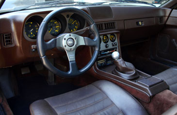 Porsche 944 2 5 2 7 1981 1991 guide occasion for Porsche 944 interieur