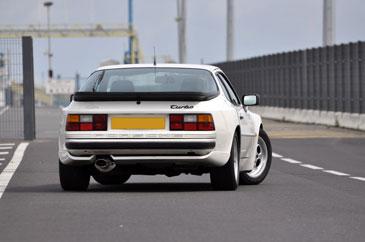 944 turbo  Porsche-944-turbo-ar