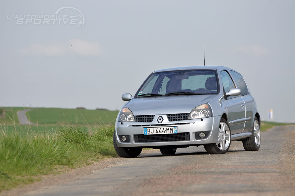 RENAULT CLIO (2) RS phase 2 (2001-2004) - GUIDE OCCASION