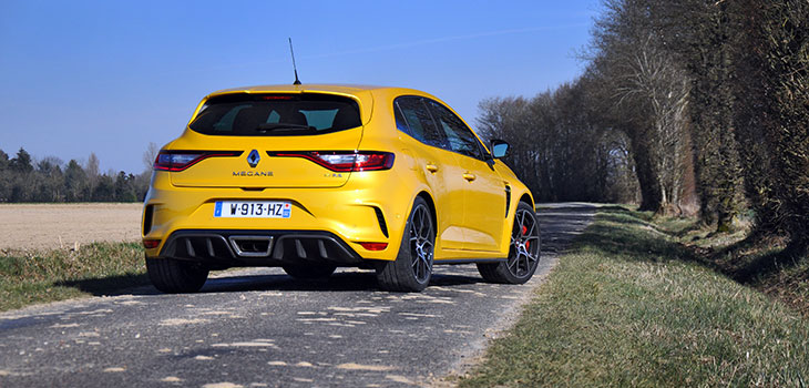 arriere renault megane 4 rs trophy 300 ch 2018