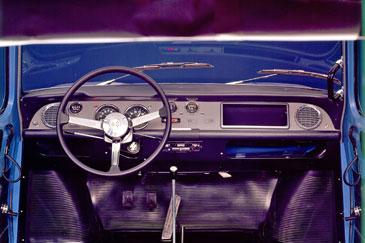 Renault r8 gordini 1964 1970 retro for Renault 8 interieur