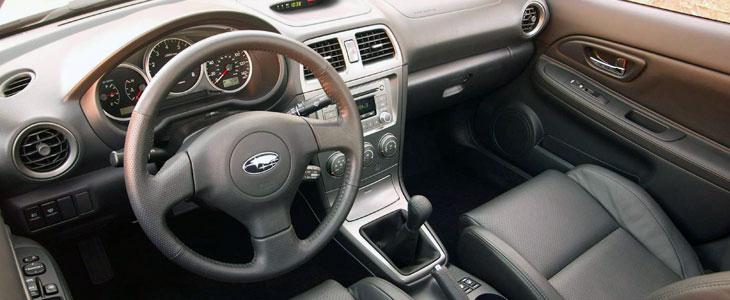 Subaru impreza wrx 2001 2007 essai for Subaru interieur