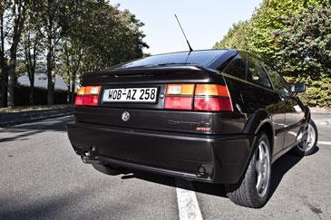 http://www.automobile-sportive.com/guide/volkswagen/corradovr6/corrado-vr6-ar.jpg