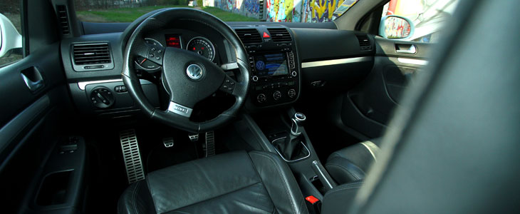 volkswagen golf 5 gti 2004 2008 guide occasion. Black Bedroom Furniture Sets. Home Design Ideas