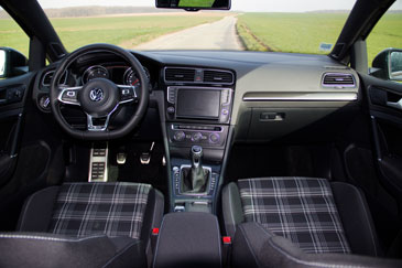 volkswagen golf 7 gtd sw 2015 essai. Black Bedroom Furniture Sets. Home Design Ideas