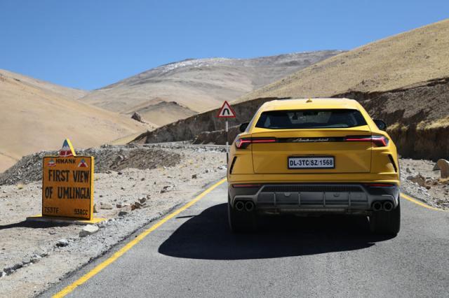 the highest road in the world in a Lamborghini Urus