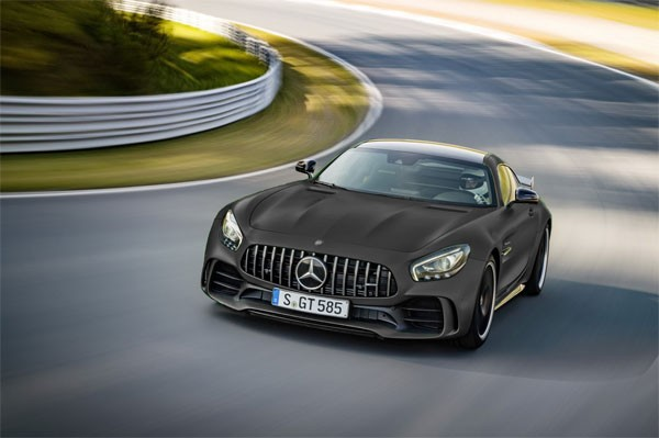 Mercedes-AMG confirme une GT-R Black Series