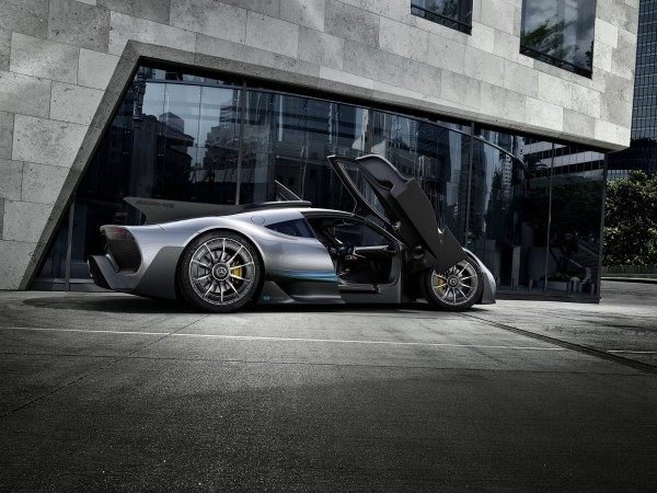 Mercedes-AMG Project One : la F1 de route !