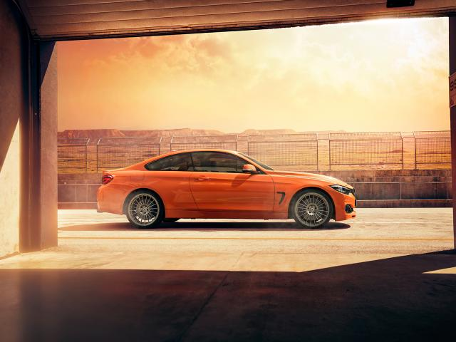 Alpina B4 S Edition 99, l'orange de feu
