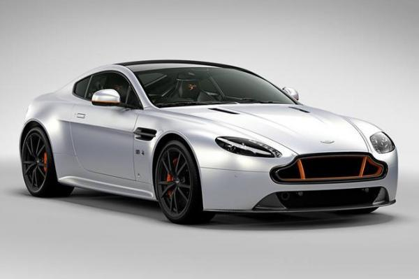 aston martin v8 vantage s blades edition. Black Bedroom Furniture Sets. Home Design Ideas