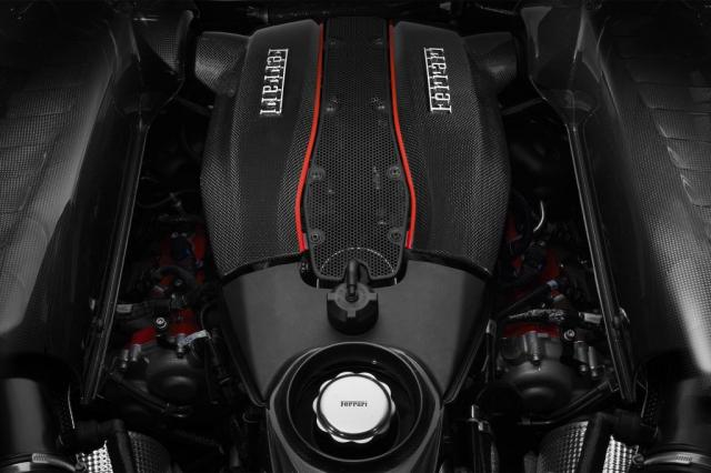 Le V8 Ferrari élu International Engine of the Year 2018