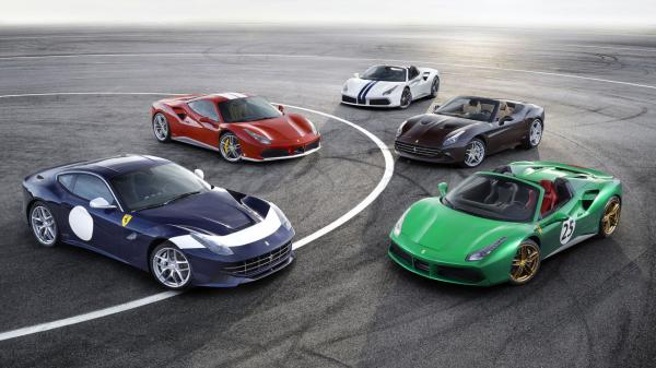 Ferrari d�voile 5 mod�les anniversaire � Paris
