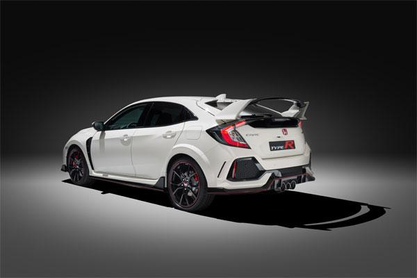 honda civic x type r 320 chevaux sur les roues avant. Black Bedroom Furniture Sets. Home Design Ideas