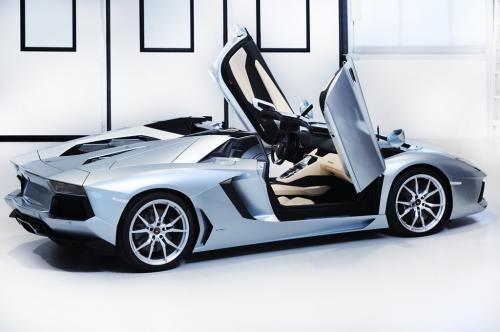 lamborghini diablo replica kit with News on Old Lamborghini in addition This Lamborghini Veneno Roadster Looks Like A Kit Car in addition Bugatti Veyron in addition Rice additionally Replica Ferrari.