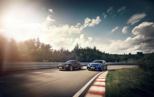 Suspension variable adaptative pour les Lexus GS F et RC F