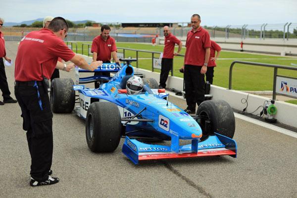 Sp�cial No�l : piloter une F1, c'est possible !