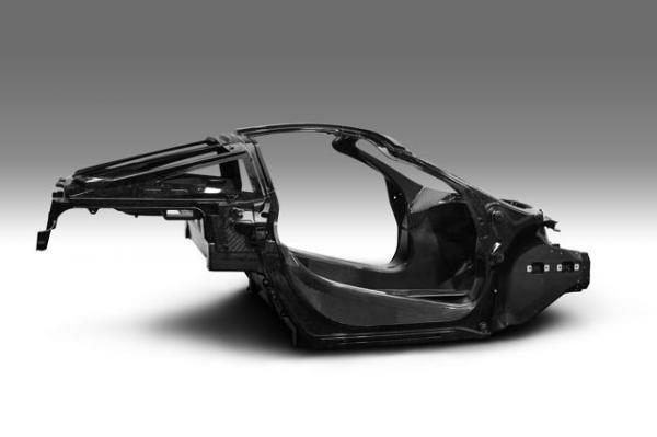 McLaren Monocage II, base de la future super series