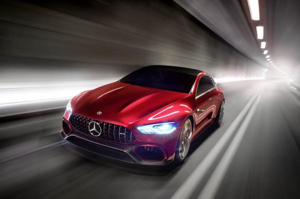 Mercedes-AMG prépare ses hybrides