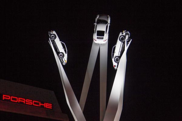 Gerry Judah signe une nouvelle sculpture pour Porsche