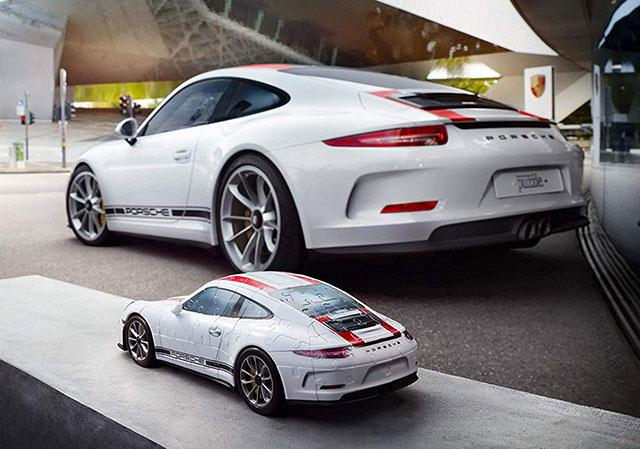 la porsche 911 r en puzzle 3d. Black Bedroom Furniture Sets. Home Design Ideas