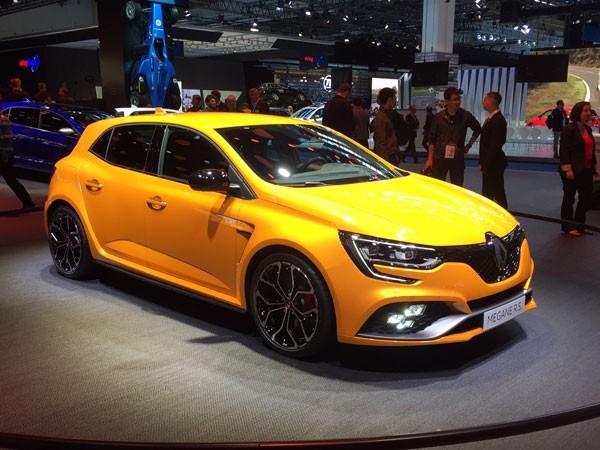 Interview : Patrice Ratti (Renault Sport Cars) - Francfort 2017
