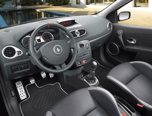 renault clio rs une version luxe. Black Bedroom Furniture Sets. Home Design Ideas