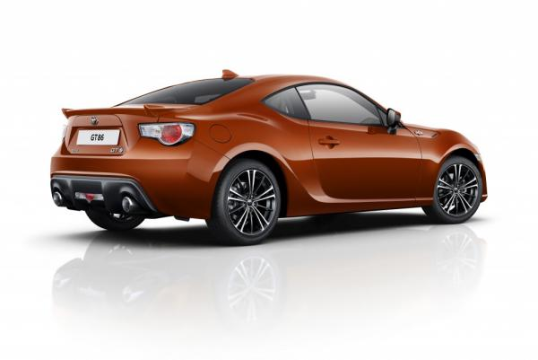 toyota gt86 des am liorations au programme. Black Bedroom Furniture Sets. Home Design Ideas