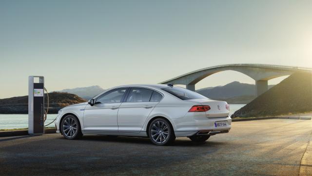 Volkswagen met à jour la Passat GTE