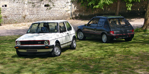 http://www.automobile-sportive.com/matchs/golfgti205gti/golfgti-205gti-une.jpg