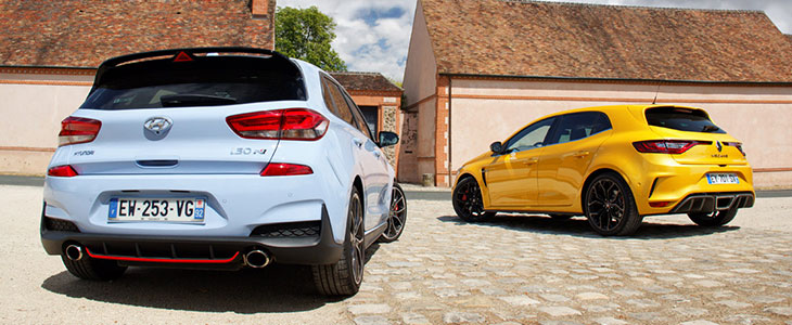 comparatif renault megane rs 280 cup vs hyundai i30n performance. Black Bedroom Furniture Sets. Home Design Ideas