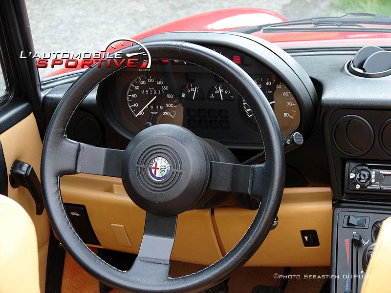 Alfa Spider on Alfa Romeo Spider Veloce
