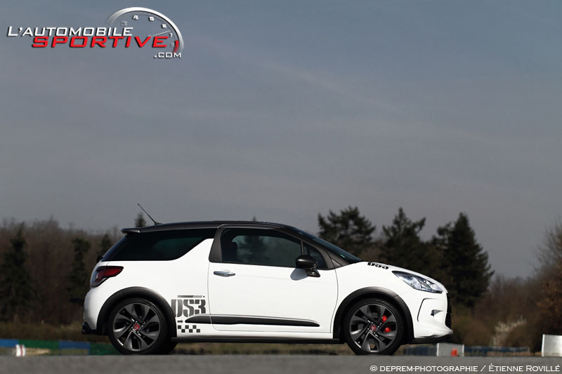 photo citroen ds3 racing ds3 racing 04. Black Bedroom Furniture Sets. Home Design Ideas