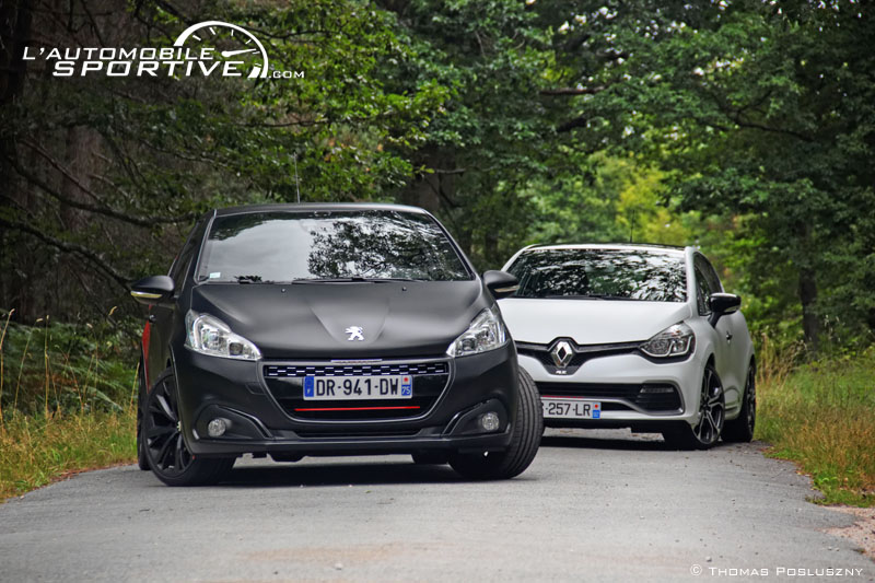 photo comparatif 208 gti ps clio rs trophy 208gtips cliorstrophy 02. Black Bedroom Furniture Sets. Home Design Ideas