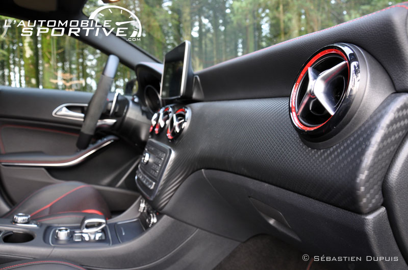 photo mercedes benz a45 amg mercedes a45 amg 10. Black Bedroom Furniture Sets. Home Design Ideas