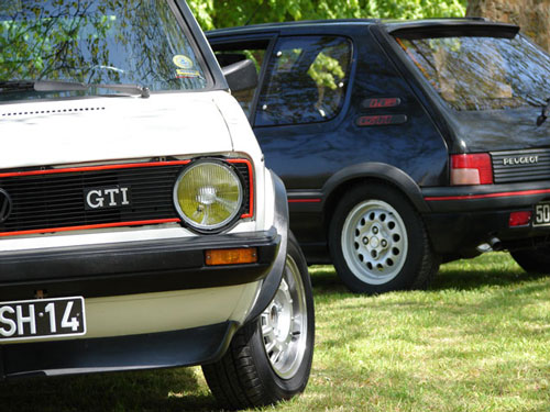 golf gti vs 205 gti match amical. Black Bedroom Furniture Sets. Home Design Ideas